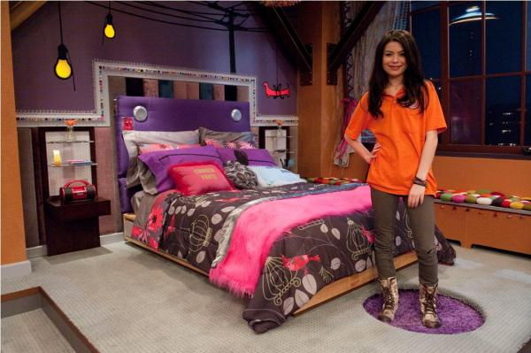 Although it s hidden beneath her brightly colored sheets and accessories   make sure you have a modern light wash wood bed just like Carly. iWant a Bedroom Like Carly s    Epoch Design